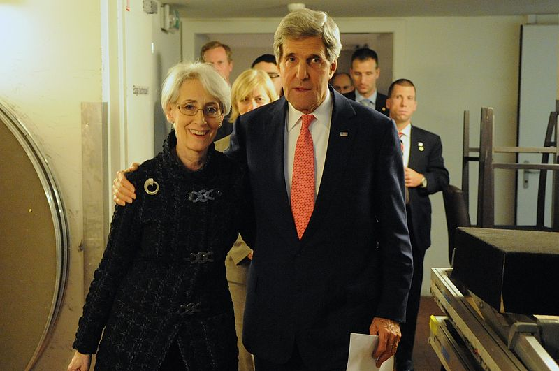 https://commons.wikimedia.org/wiki/File:Secretary_Kerry_Embraces_Under_Secretary_Sherman_After_P5%2B1_Members_Conclude_Nuclear_Deal_With_Iran_(11023371303).jpg